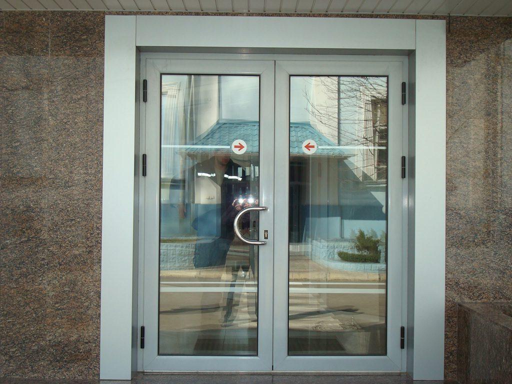 Двери из алюминия Симферополь - Окна Элин